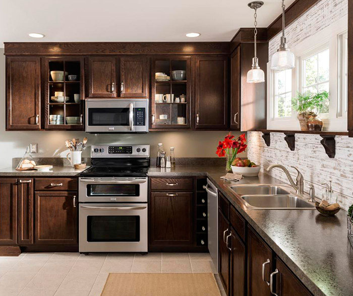 Oak kitchen cabinets by Aristokraft Cabinetry