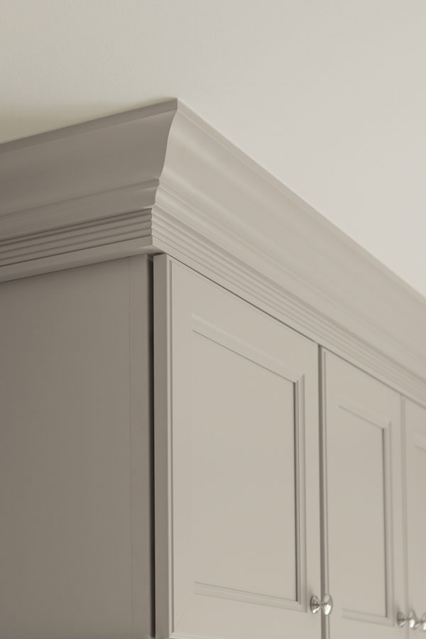 PureStyle laminate crown moulding in Glacier Gray